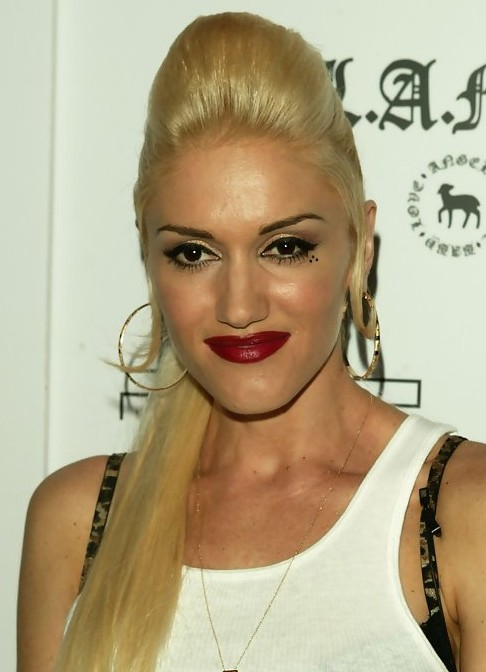Gwen Stefani Long Hairstyle: Ponytail and Bouffant
