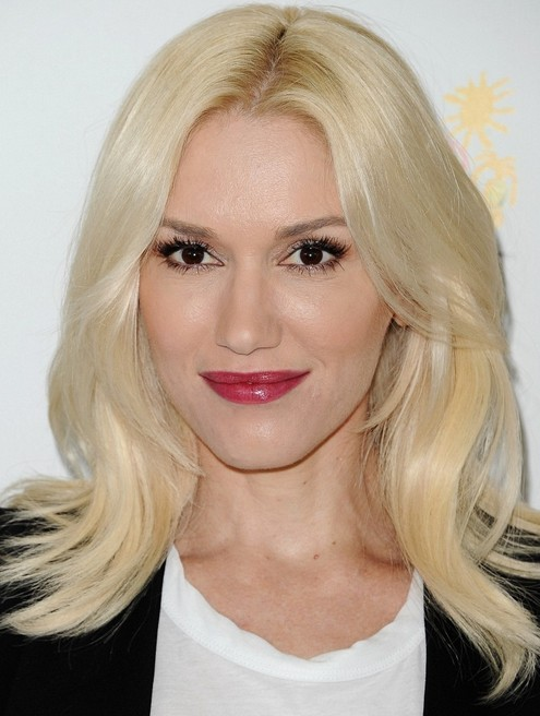 Gwen Stefani Long Hairstyles: 2014 Layered Haircut