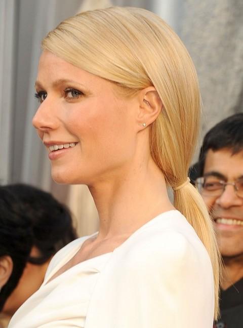 Gwyneth Paltrow Hairstyles: Sleek Ponytail