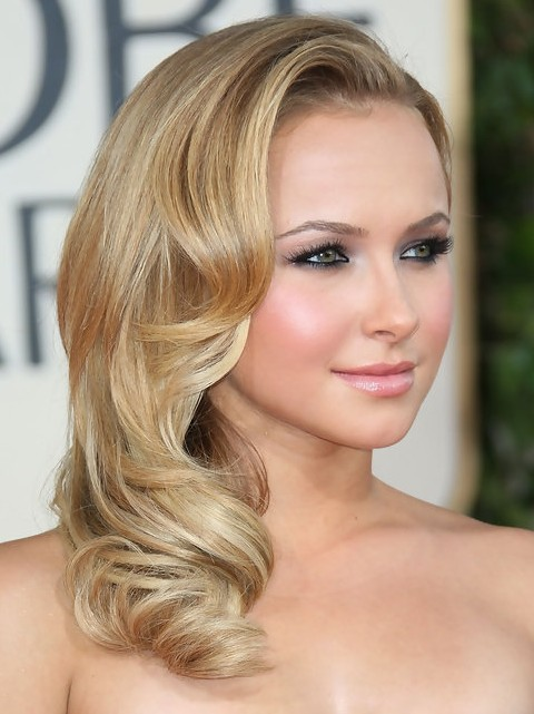 Hayden Panettiere Medium Length Hairstyle Side Sweep Pretty Designs