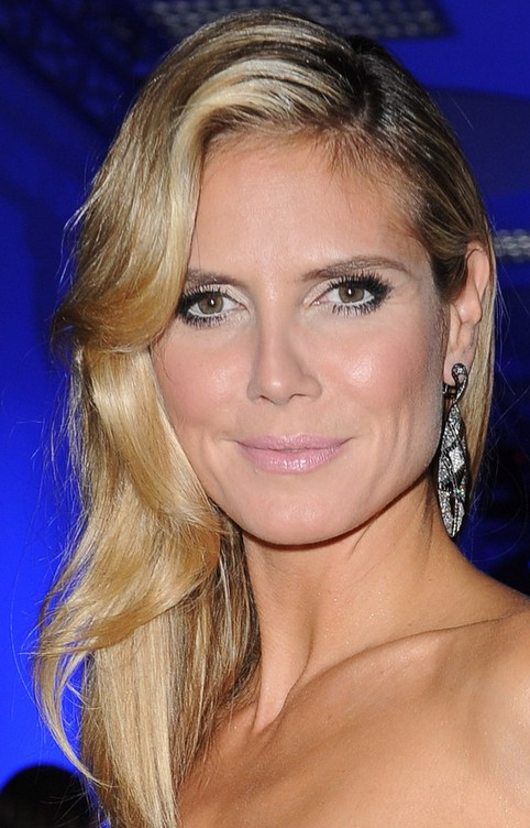 Heidi Klum Long Hairstyle: Side Sweep for Women under 30