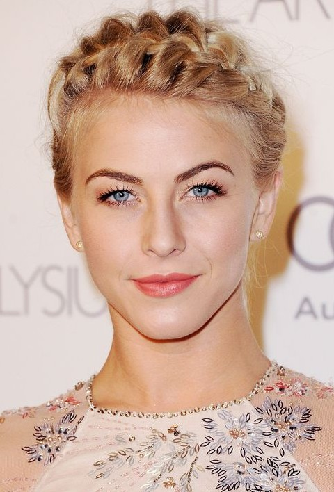 Julianne Hough Hairstyles: Pretty Braided Updo