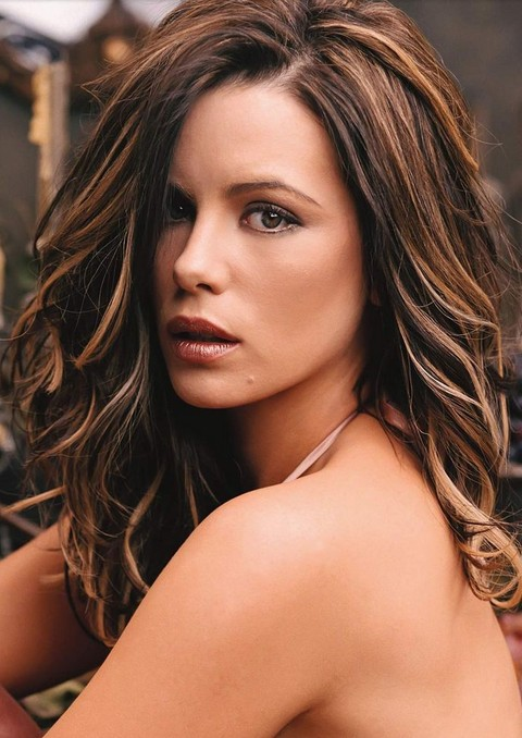 Kate Beckinsale Hairstyles: Textured Curls