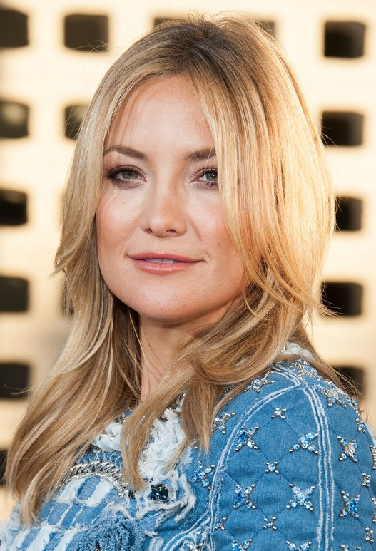 Kate Hudson Hairstyles: Layered Straight Haircut