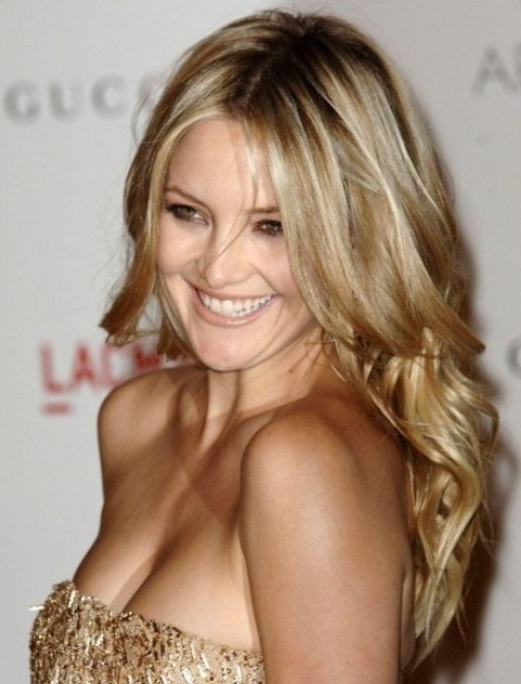 Kate Hudson Hairstyles: Pretty Long Curls - Pretty Designs