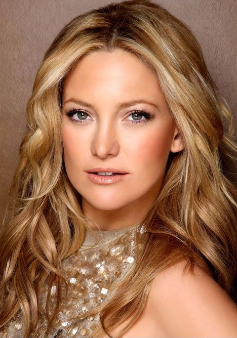 Kate Hudson Hairstyles: Shiny Long Curls
