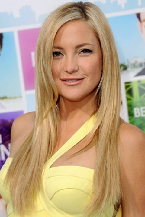 Kate Hudson Hairstyles: Side-parted Straight Haircut