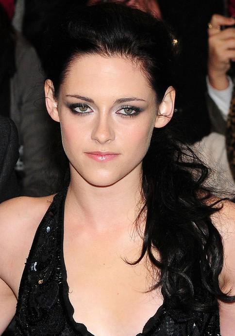 Kristen Stewart Long Hairstyle: Ponytail for Wavy Hair