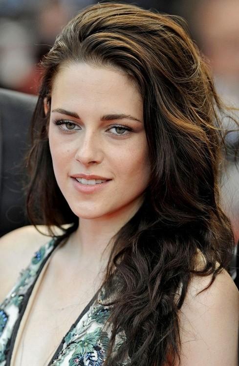 Kristen Stewart Long Hairstyle: Swept-back Hair