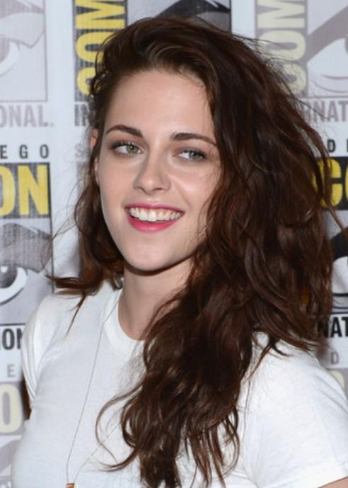 Kristen Stewart Long Hairstyle: Wavy Haircut for Thick Hair