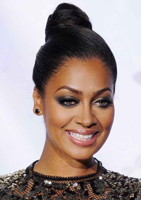La La Anthony Long Hairstyle: Hair Knot for Brunette