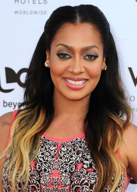 La La Anthony Long Hairstyle: Highlighted Haircut