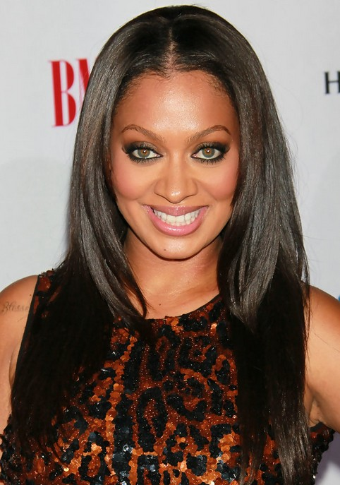 La La Anthony Long Hairstyle: Straight Hair with Center Part