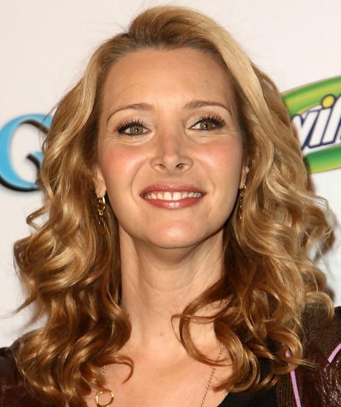 Lisa Kudrow Medium Length Hairstyle: Romantic Curls