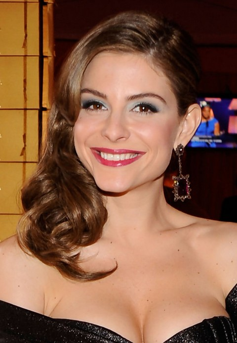Top 40 Maria Menounos Gorgeous Hair Styles Pretty Designs