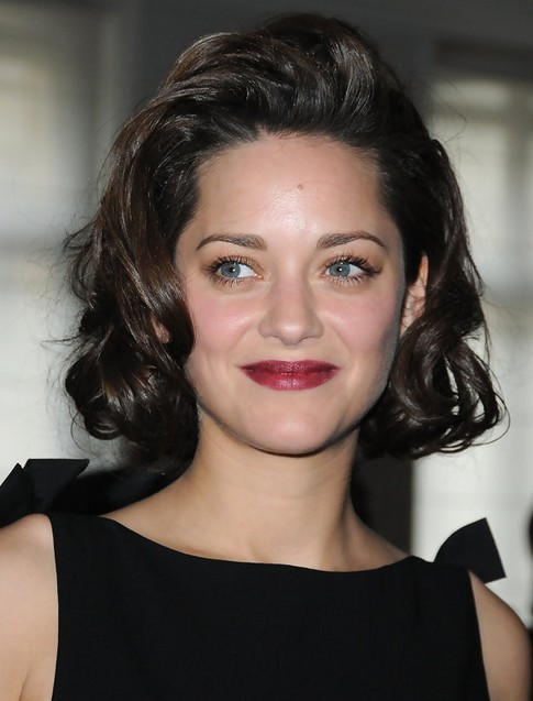 Marion Cotillard Medium Length Hairstyle: Curls with Coiff Bangs