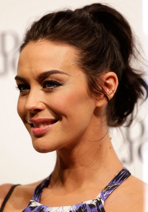 21 Megan Gale Hairstyles- Megan Gale Hair Pictures - Pretty Designs