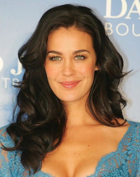 Megan Gale Long Hairstyle: Layered Hair