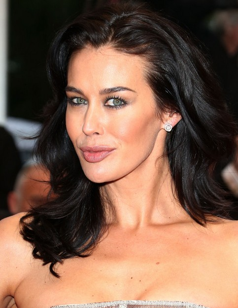 Megan Gale Medium Length Hairstyle: Wavy Haircut