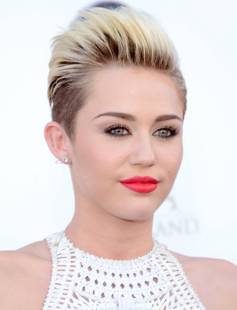 Miley Cyrus Hairstyles Short Straight Haircut Pretty Designs