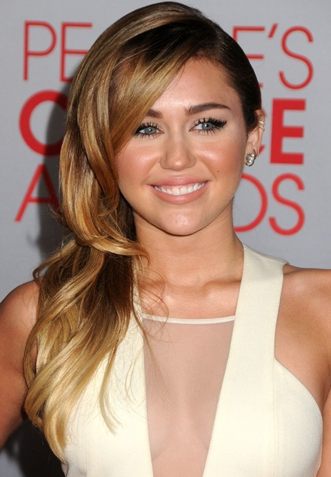 Sensational Miley Cyrus Hairstyles Side Swept Curls Pretty Designs Short Hairstyles Gunalazisus