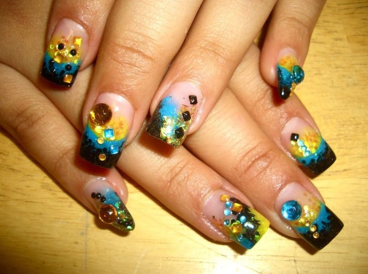 Nail Design Ideas for Party Glamour - Pretty Designs
