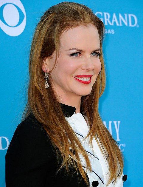 Nicole Kidman Long Hairstyle: Layered Haircut