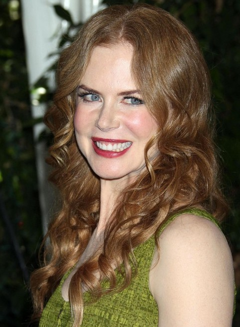 Nicole Kidman Long Hairstyle: Romantic Curls