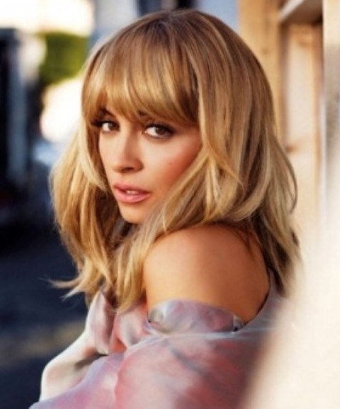 Nicole Richie Hairstyles: Fluffy Medium Haircut