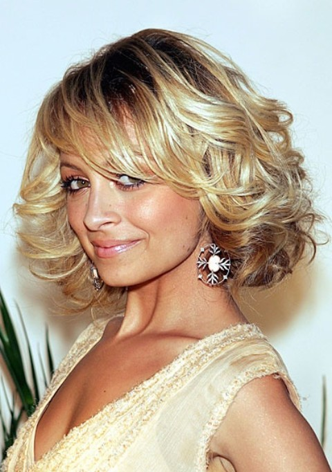 Nicole Richie Hairstyles: Texutred Curls - Top 34 Nicole Richie Hairstyles - Pretty Designs