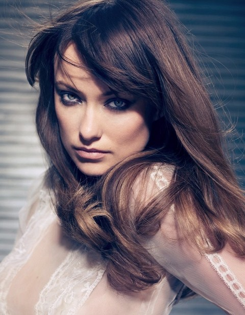 Olivia Wilde Hairstyles: Chic Straight Haircut
