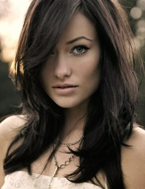 Olivia Wilde Hairstyles: Messy Side-parted Hairstyle