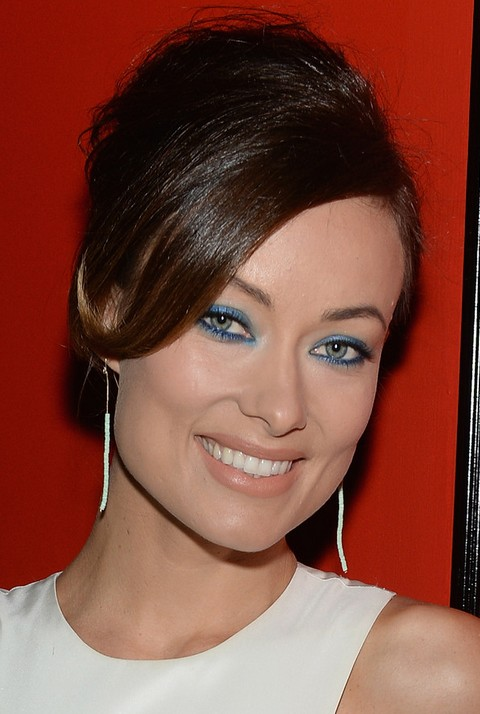 Olivia Wilde Hairstyles: Pretty Bobby Pinned Updo