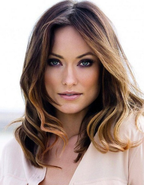 Olivia Wilde Hairstyles: Stylish Medium Curls