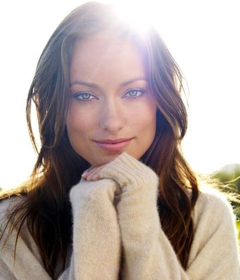 Olivia Wilde Hairstyles: Sunny Long Wavy Hairstyle