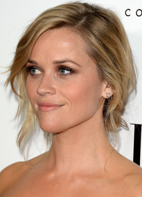 Reese Witherspoon Updo Hairstyle: Chignon