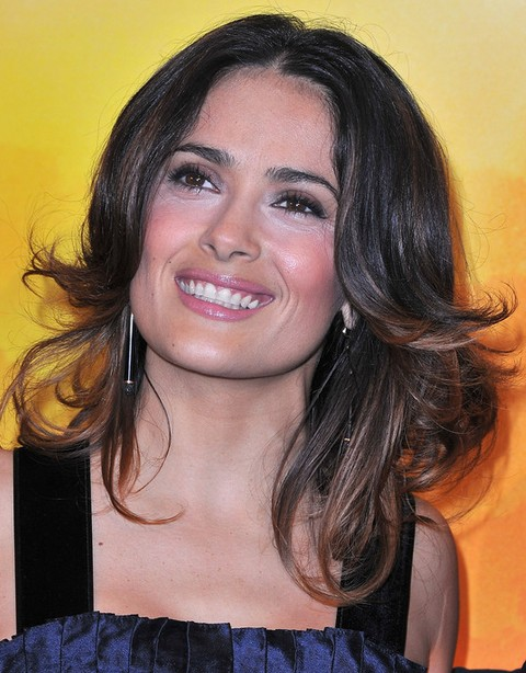 Salma Hayek Hairstyles: Gorgeous Feathered Flip Hairstyle