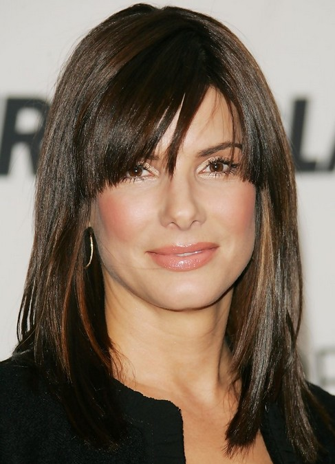 Sandra Bullock Medium Length Hairstyle: Straight Haircut with Side Swept Bangs