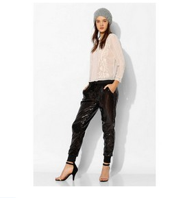 Staring At Stars Sequin Jogger Pant, Black