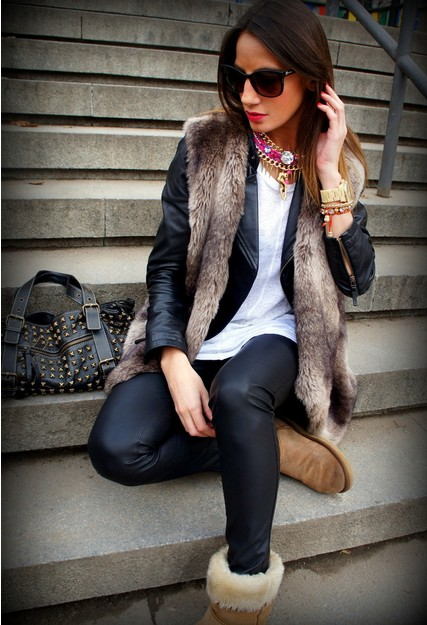 15 Winter Outfits With Brown Boots - 2 - Pelfind