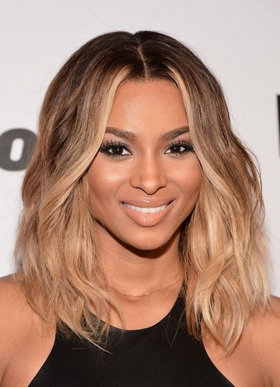 The Center Parted Ombre Hairstyle for Mid-length Curly Wavy Hair