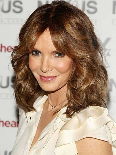 The Center Parted Shoulder Length Hairstyle for Blond Curly Wavy Hair
