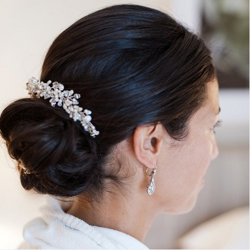 The Fabulous Low updo Hairstyle with a Crystal Pin