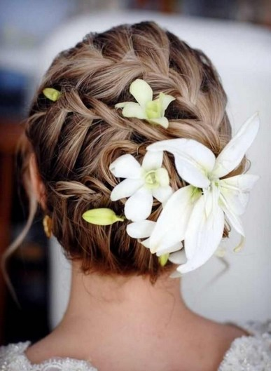 The Fantastic Braided Updo Hair for Beach Bridal Hairstyles
