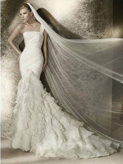 A classic collection of gorgeous one shoulder wedding for Long veil wedding dresses