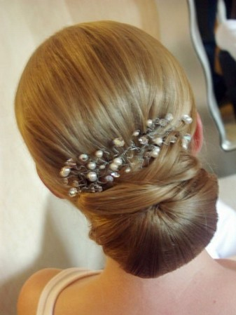 Fine 3 Gorgeous Bridesmaid Hairstyles Pretty Designs Hairstyle Inspiration Daily Dogsangcom