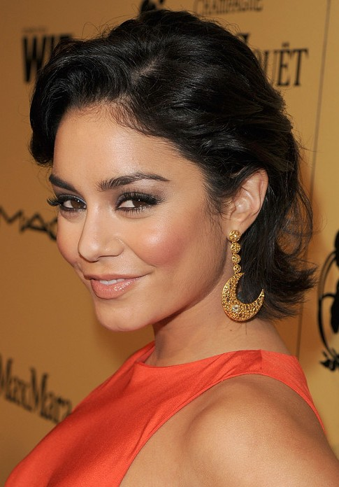 Amazing Vanessa Hudgens Short Hairstyle Bob With Deep Side Part Pretty Short Hairstyles For Black Women Fulllsitofus