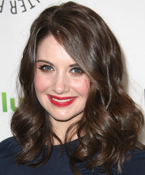 Alison Brie Long Hairstyle: Angular Curls