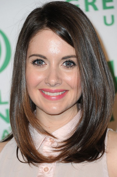 Alison Brie Long Hairstyle: Face-framing Hair