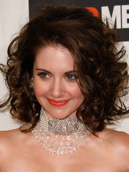 Alison Brie Short Hairstyle: Fluffy Curls